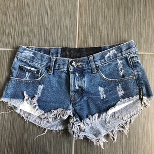 One teaspoon distressed denim shorts